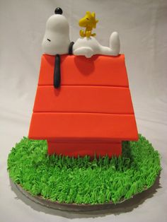Snoopy Cake Tutorial Its a Party Charlie Brown Pinterest