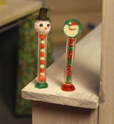 how to: Christmas candy tubes