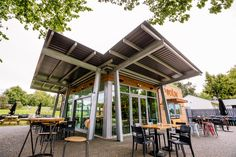 :: PODIUM CAFE :: 'Podium Cafe' - Karapiro Lakeside rustic cafe in Cambridge, NZ. World class rowing venue. Rustic Cafe, Commercial Architecture, Rowing, Cambridge, World, Outdoor Decor, Projects, Home Decor, Rustic Coffee Shop