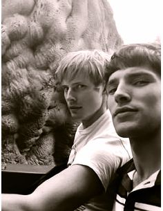 Arthur & Merlin together! (Bradley James (Arthur) and Colin Morgan (Merlin)). Bradley James, Colin Bradley, Merlin Fandom, Merlin Cast, Nerd, Merlin And Arthur, Bbc Tv Series, Best Shows Ever, Favorite Tv Shows