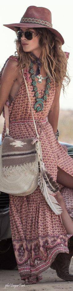 Estilo boho chic, ideal para el verano. Repineado por www.regalos-up.com