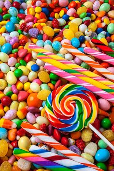 Dulces de colores arco iris | Rainbow-colored candies - #colors