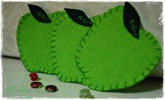 Felt green apple cupholders & Keçe yeşil elma bardak altlığı