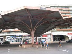 Ancienne Halle Ligou appelée aussi Les parapluies :-)