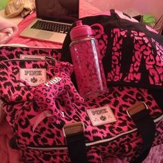 Victoria's Secret PINK Leopard Print Set