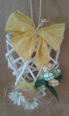 Veľkonočná výzdoba na dvere pletená z papiera Pineapple, Fruit, Diys, Pinecone, Bricolage, Diy, Do It Yourself
