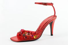 Sandal, Richard Tyler, 2001. Collection of the Rossimoda Shoe Museum. © Rossimoda Shoe Museum Source: museodellacalzatura.it