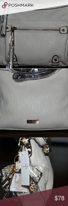 JESSICA SIMPSON CROSSBODY BAG EASY ON THE GO CROSSBODY BAG...LIGHTWEIGHT, FASHIONABLE  AND STYLISH Jessica Simpson Bags Crossbody Bags