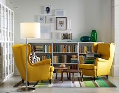 Fancy a wall-to-wall library or do you like to mix your TV or family photos with your books? Either way, our multi-tasking BILLY bookcases make great homes for everything you like having around you.