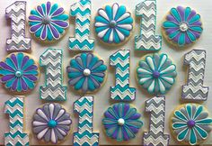 Daisies and first birthday Cookies - HayleyCakes And Cookies