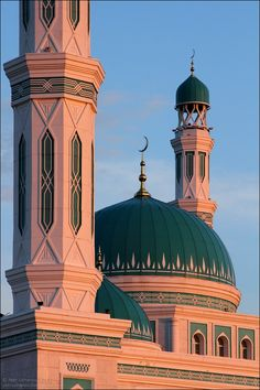 Astana Kazakhstan, Kazakhstan Travel, Beautiful Wallpaper For Phone, Beautiful Mosques, Islamic Architecture, Place Of Worship, Central Asia, Travel And Tourism, Kuala Lumpur