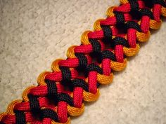 Rawk's Knotorials: May 2014- the Bermuda Trail design. one awesome looking tie.