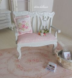 French-Style White Double Chair, Pillow and Four Roses, Dollhouse Miniature Handmade, 1:12 Scale Dolls House