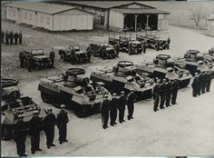 Offroad, Military History, Military Vehicles, Austria, Wwii, Cool Photos, Trucks, Jeeps, Universe