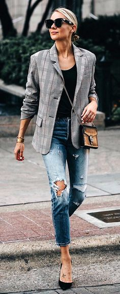 6a1df3aeadb3  fall  outfits women s gray and black blazer and distressed fitted jeans  Ανεπίσημα Ρούχα
