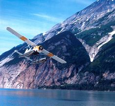 The Kenmore Beaver shows its impressive takeoff performance in the Canadian Coast Range