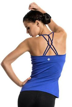 The Satva Clothing Amira Cami is made with organic cotton and features a comfortable relaxed fit perfect for yoga and travel. Check out Satva at http://evolvefitwear.com