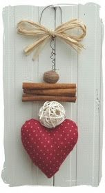 DIY Valentine's Day crafts; Valentine's Day gift ideas. Valentines Bricolage, Valentine Crafts, Valentines Day Decorations, Christmas Decorations, Hobbies And Crafts, Diy And Crafts, Fabric Hearts, Christmas Crafts, Christmas Ornaments