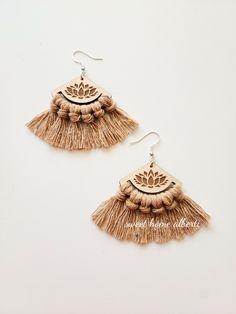 Rose Quartz Boho Hoop Earring \\ Deer Leather Bohemian Hoop \\ Crystal Earrings \\ Boho Style Accessory \\ Boho Jewelry \\ Boho Chevron Earrings