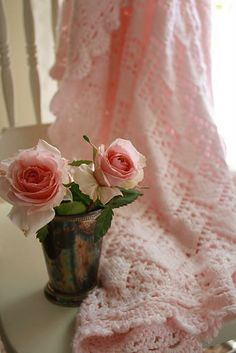 soft pink blanket with roses!