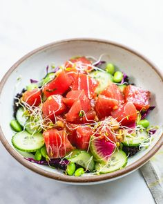 Here's how to make a poke bowl! This classic recipe stars ahi tuna marinaded in a flavorful poke sauce, rice, and lots of veggie topping ideas. Couple Cooking, Fun Cooking, Healthy Cooking, Cooking Rice, Cooking Hacks, Cooking Videos, Eat Healthy, Cooking Recipes, Pescatarian Meal Plan