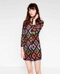 Fabulous Crochet a Little Black Crochet Dress Ideas. Georgeous Crochet a Little Black Crochet Dress Ideas. Crochet Shirt, Crochet Cardigan, Knit Crochet, Bikinis Crochet, Black Crochet Dress, Modern Crochet, Mini Vestidos, Beautiful Crochet, Crochet Designs