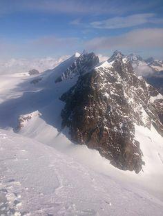 foto panoramica dal Polluce  photo by Guide Alpine del Cervino    https://www.facebook.com/pages/Societ%C3%A0-Guide-del-Cervino/136008109883407  #cervino   #150anniconquistadelcervino  #150yearsconquestofthecervino #guidealpinedelcervino #breuilcervinia #valtournenche #aostavalley #igersvalledaosta #landscape #italy #montagna #mountains #mountain #mountainphotos #alps #alpi #alpinismo #skyrunning #runner #running #instarunners #sportdimontagna #instatrail #mountainlover #wildlife