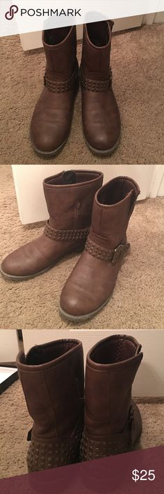 Brown short boots size 9 Super cute barley worn boots with buckles. They hit right above the ankle just Never wear them! Shoes Ankle Boots & Booties
