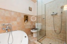 3 bedroom apartment for sale Sants tourist licence