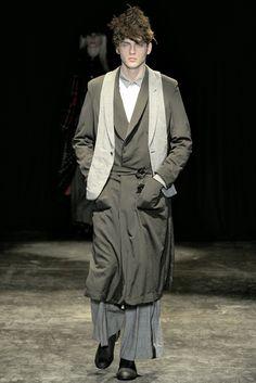 Comme des Garçons - Fall 2011 Menswear - Look 29 of 39