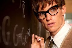has confirmed that Eddie Redmayne will play Newt Scamander in the upcoming 'Fantastic Beasts and Where to Find Them'. Eddie Redmayne, Stephen Hawking, Sad Movies, Netflix Movies, Reto Mental, Thriller, Aliens, Science Fiction, Golden Globe Nominations