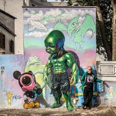Ron English with his work in Rome #ronenglish #rome #italy #streetart