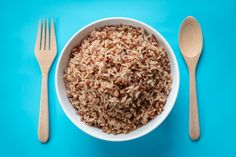 Brown rice is rich in vitamin B, which fights against stress and helps regulate hormone levels, preventing breakouts.  #Acne #Skincare