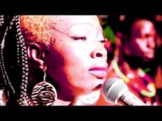 ▶ Dobet Gnahoré - Na Dré (Official Music Video) - YouTube