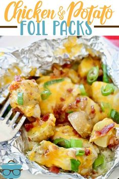 65 minutes · Serves 4 · Chicken and Potato Foil Packs are made with seasoned potatoes, chicken thighs and smothered in a garlic cream sauce then topped with melted cheese, bacon! Tin Foil Dinners, Foil Packet Dinners, Foil Pack Meals, Hobo Dinners, Foil Packet Recipes, Grilling Recipes, Cooking Recipes, Healthy Recipes, Healthy Grilling