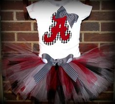 Adorable gameday outfit for little #Bama girls!
