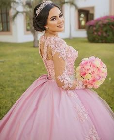 Quinceanera Dress Styles – Three Steps to Finding the Perfect One Xv Dresses, Quince Dresses, Bridal Dresses, Wedding Gowns, Prom Gowns, Pretty Quinceanera Dresses, Quinceanera Themes, Quince Pictures, Quinceanera Photography