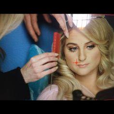 """Meghan Trainor divulga foto do clipe de """"I'm A Lady"""" #Cantora, #Clipe, #Filme, #Foto, #Lady, #M, #Noticias, #Novo, #NovoSingle, #Single, #Vídeo http://popzone.tv/2017/02/meghan-trainor-divulga-foto-do-clipe-de-im-a-lady.html"""