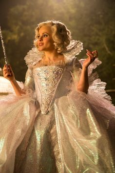 Image discovered by Disney Cinderella. Find images and videos about disney, cinderella and helena bonham carter on We Heart It - the app to get lost in what you love. Cinderella 2015, Cinderella Makeup, Cinderella Fairy Godmother, Cinderella Movie, Godmother Dress, Cinderella Pictures, Princess Beauty, Mode Hollywood, Ella Joyce