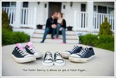 Best pregnancy photos have creative, cute, funny and adorable pregnancy announcement photography ideas to photo shoot your big news excitement. Pictures to Pregnancy Announcement Photography, Pregnancy Announcement Photos, Pregnancy Tips, Pregnancy Photos, Maternity Photography, Baby Announcements, Family Photography, Photography Ideas, Maternity Poses