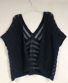Ravelry: kokonoir's Knitted kimono/ruana style top