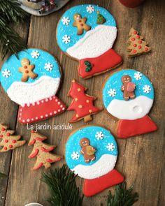 Biscuits de Noël boule à neige, je vous explique comment faire sur le blog. www.lejardinacidule.com Mood Boards, Beurre Mou, Petits Biscuits, Ma Petite, Christmas Ideas, Christmas, Desserts, Snowball, How To Make