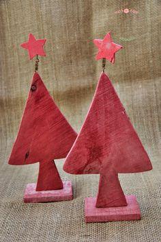 choinki drewniane, malowane, dekoracja świąteczna, Boże Narodzenie