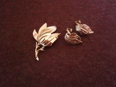 Brooch Set Earrings TRIFARI Crown Leafs by OnceUponATimeVtg2