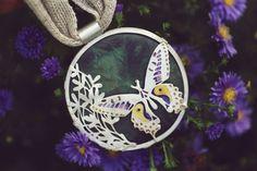 Emaliowana biżuteria - kolekcja barwnych motyli - Sztuk Kilka - Marta Norenberg Kili, Alex And Ani Charms, Lapis Lazuli, Charmed, Bracelets, Jewelry, Jewlery, Jewerly, Schmuck