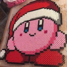 Christmas Kirby perler beads by tyler_plurden Bead Patterns, Stitch Patterns, Kirby Nintendo, Mini Iron, Iron Beads, Christmas 2016, Bead Crafts, Plastic Canvas, Perler Beads