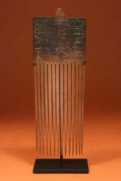 Comb.  Huon Peninsula, Morobe Province.  Papua New Guinea.  Early to Mid 20th C.  Bamboo.
