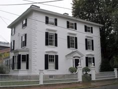 images of Historic homes in CT   Samuel McIntire ,architect,Historic Buildings of Massachusetts,The Benjamin Carpenter House, Federal St., Salem,MA, c1801