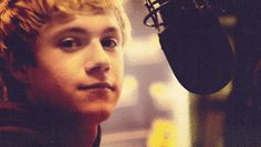 another niall gif :D -S