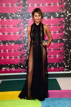 Chrissy Teigen Photos - 2015 MTV Video Music Awards - Arrivals - Zimbio